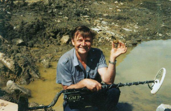 Где искать россыпи и самородки золота и как его найти в реке